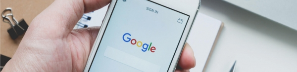 Google changes the way it displays mobile search results